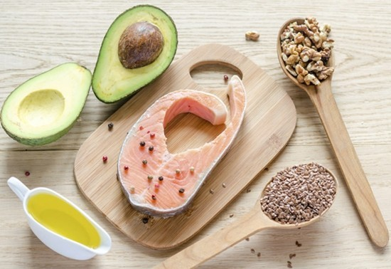 lachs avocado nüsse was hilft gegen falten