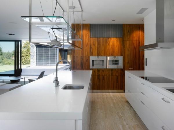 laminat an die wand küche einrichten ideen