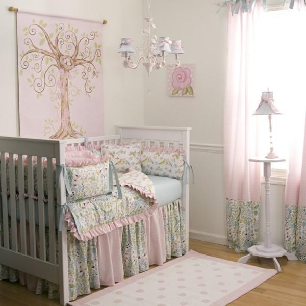 mädchen babyzimmer helle farbtöne niedliche muster