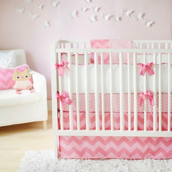 mädchen babyzimmer rosa weiß farbduo sessel