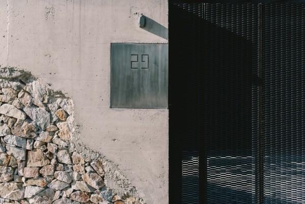 moderne architektur eingang und nummer
