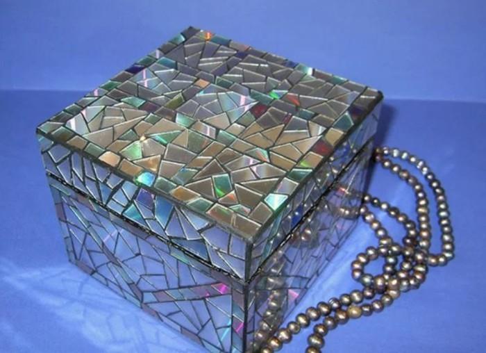 recycling bastelin mit cds upcycling ideen deko ideen gartengestaltung schmuck schatulle