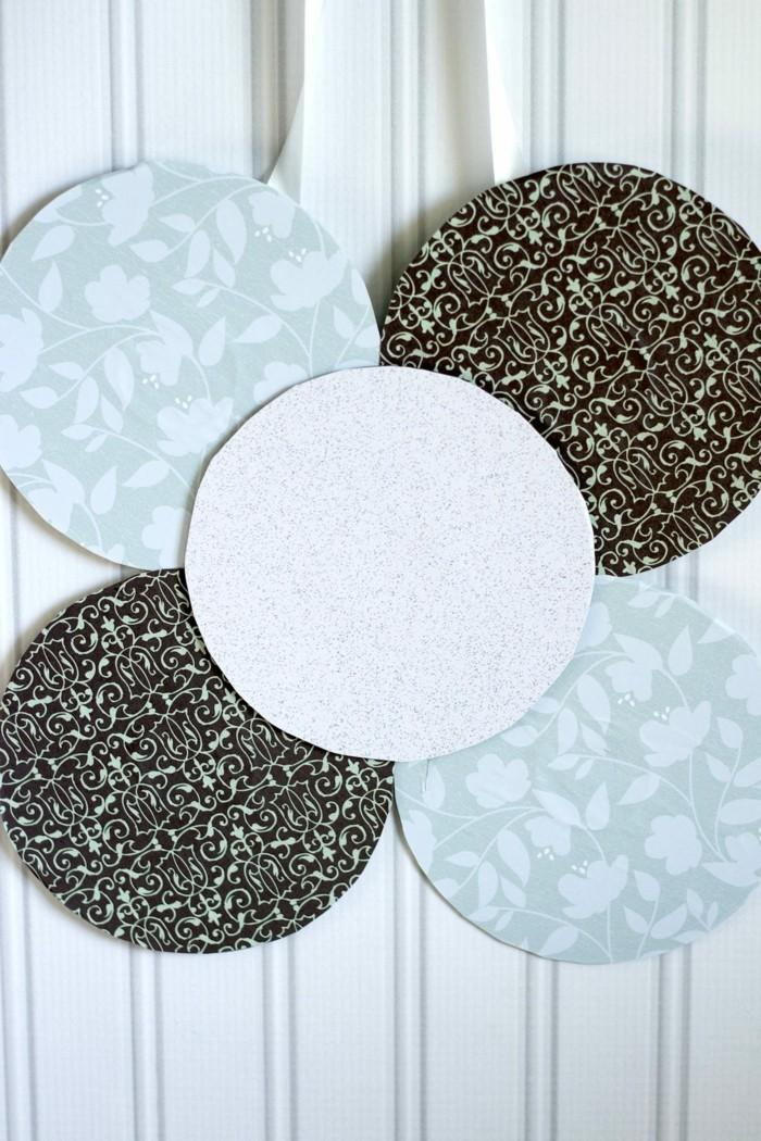recycling bastelin mit cds upcycling ideen wand deko ideen glasdeckel