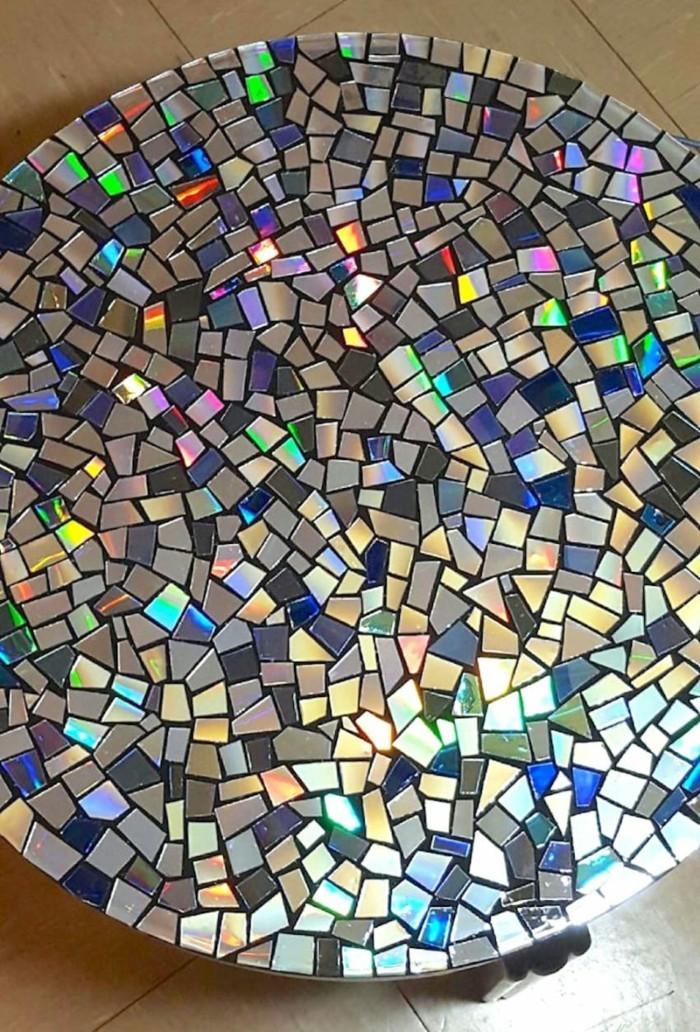 recycling bastelin mit cds upcycling ideen wand deko ideen kerzenstaender lichtreflektor wand