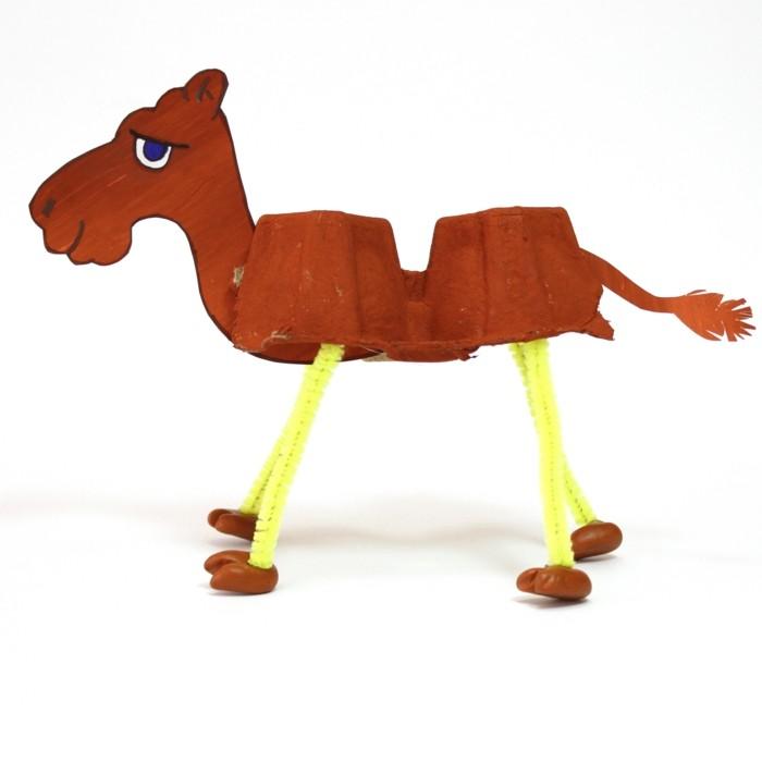 resycling basteln mit eierkarton basteln mit kindern basteln mit klopapierrollen kamel