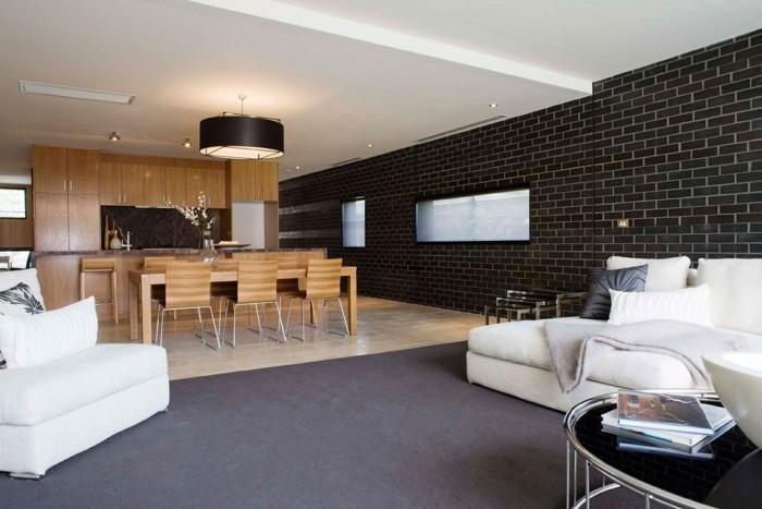 wandfliesen wohnzimmer dunkles design ziegelwand offener wohnplan
