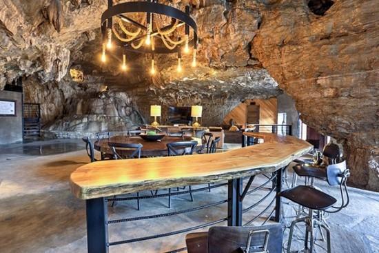 Beckham Cave Home Arkansas USA innere Einrichtung hervorhabend viel Komfort