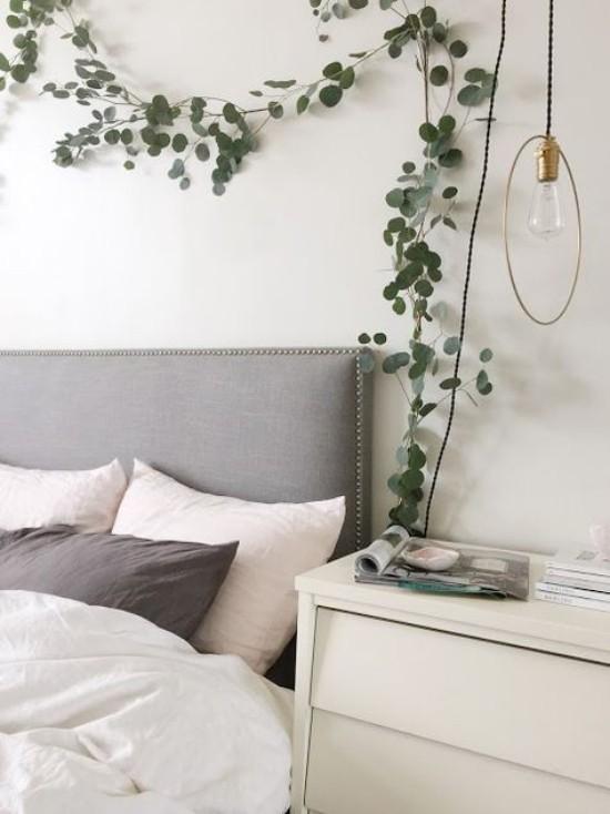 Deko Schlafzimmer Eukalyptus Zweige dezenter Duft