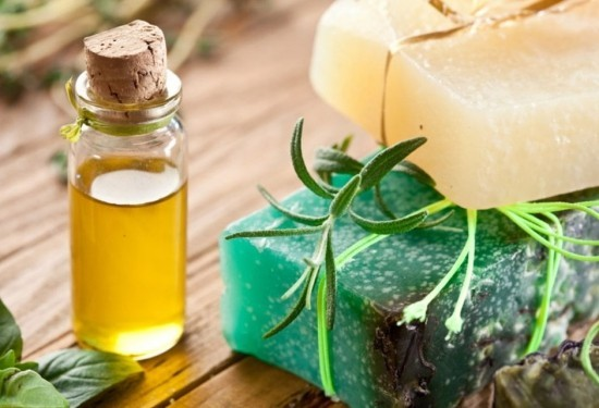 Eukalyptusöl in Medizin Kosmetik unentbehrlich