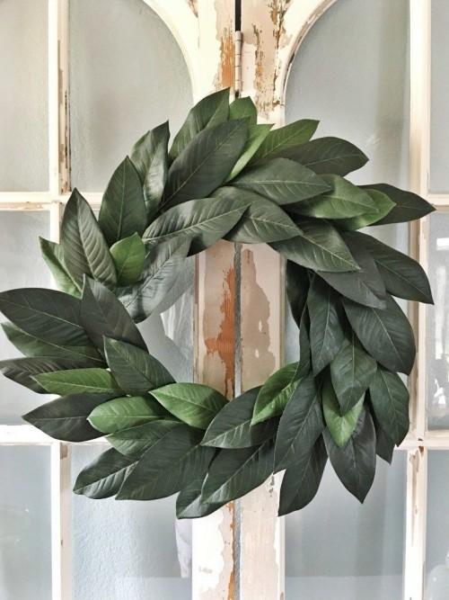 Kranz aus grünen Blättern selber basteln attraktiv aussehen