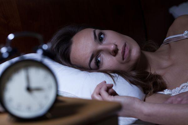 Nachts nicht schlafen können eine Auszeit benötigen