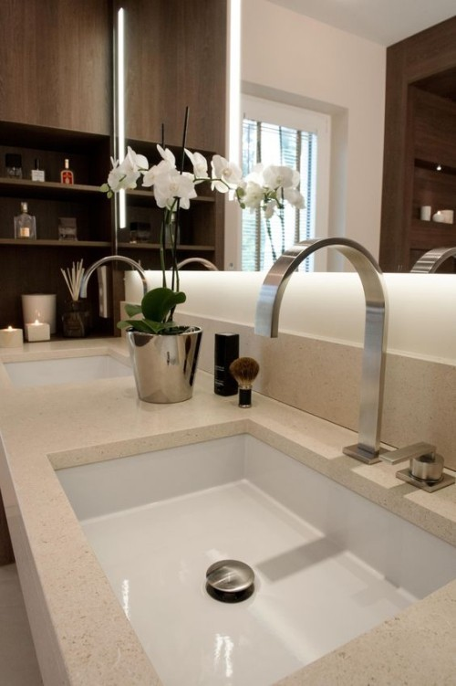 Natural stone sink in the context of modern bathroom trends