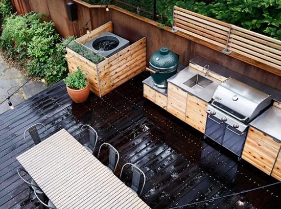 Outdoor Küche modern gestaltet plus Essbereich daneben
