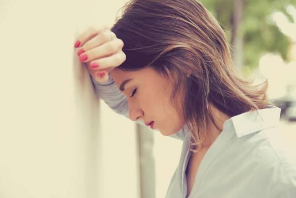 Probleme Stress Auszeit benötigt den Kopf nicht hängen lassen