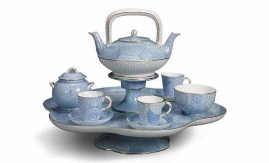 Tea time auf englischer Art Teeservice in Blau