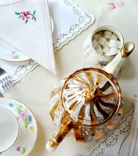 Teegeschirr Vintage Tee Party Deko glänzend schön