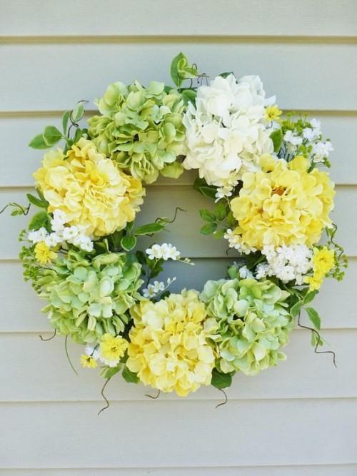Zarte Farben Blumenkranz richtiger Blickfang