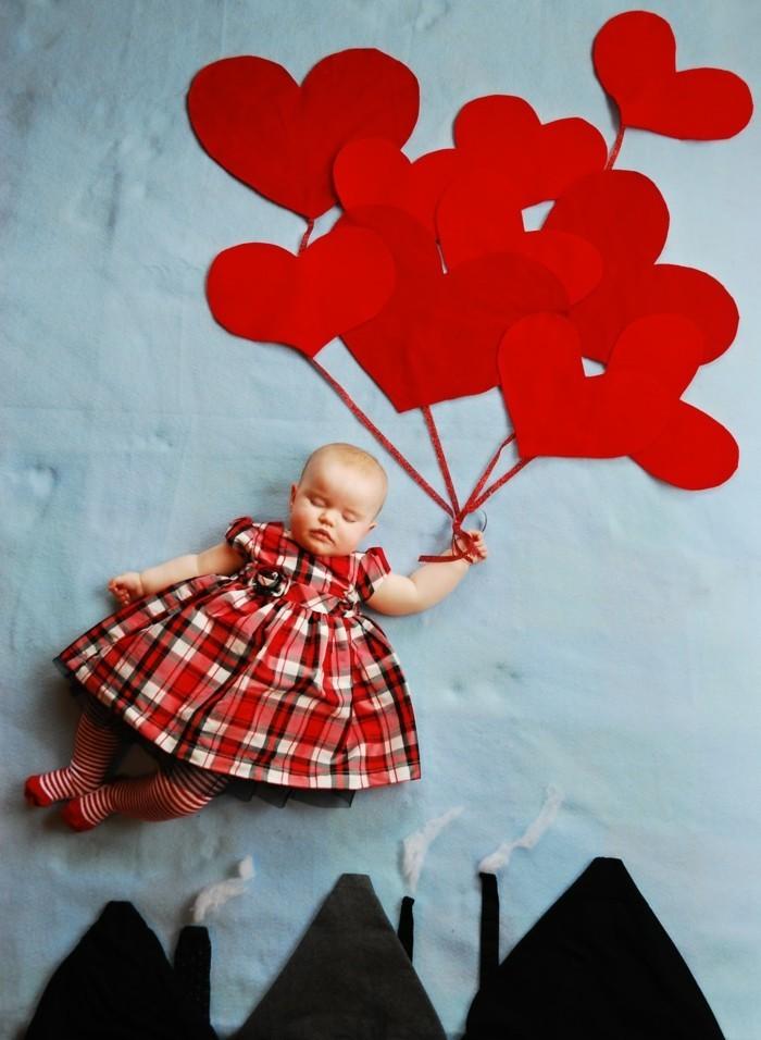 baby fotos ideen fotoshooting ideen kreativ lustige babybilder rot