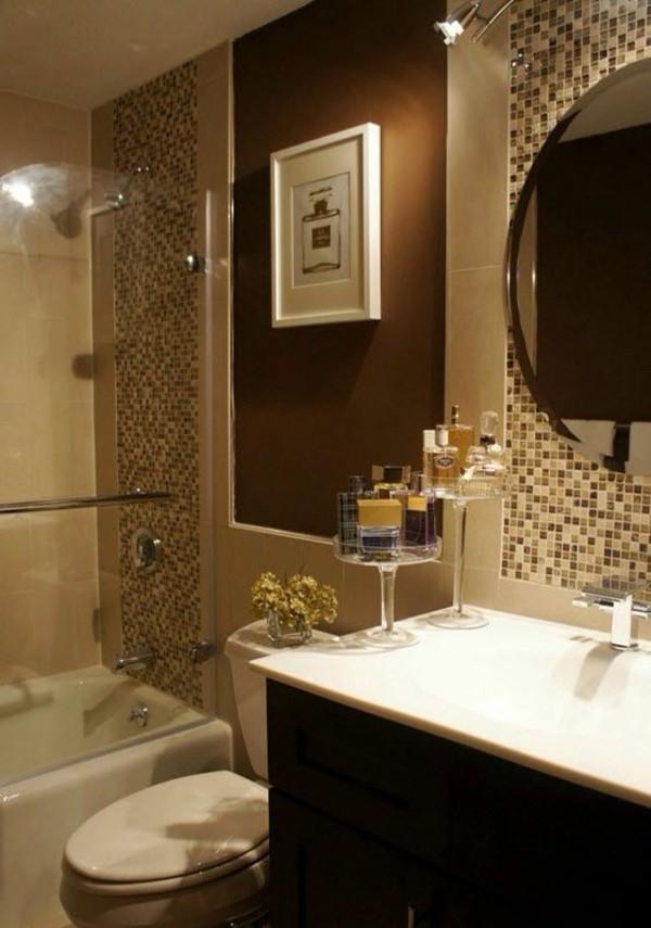 badezimmer braun beige kombination mosaikfliesen kleines bad