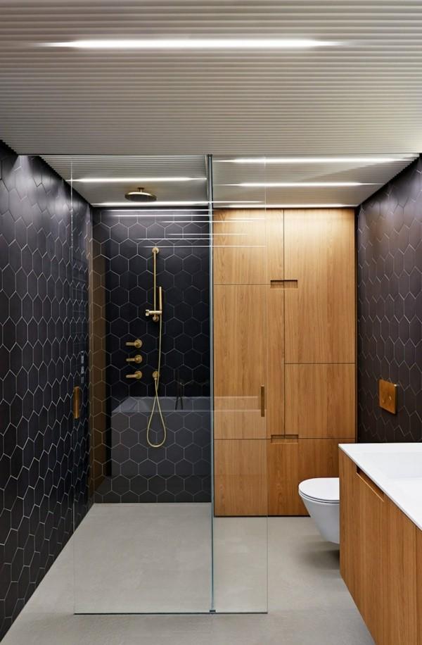 badezimmer schwarz ausgefallene schwarze wände heller boden holzelemente