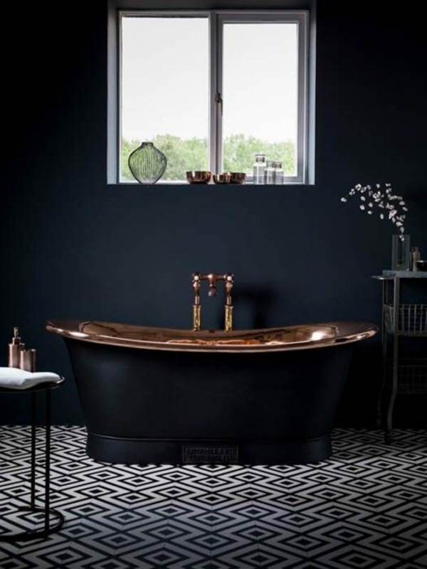 badezimmer schwarz schwarze wandgestaltung luxuriöses badezimmer gestalten