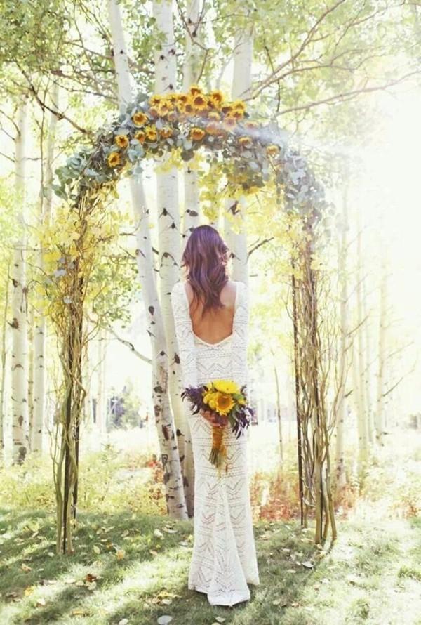 boho hochzeit brautstrauß hochzeitsbogen mit sonnenblumen
