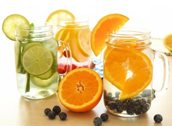 detox wasser zubereiten abnehmen tipps und tricks