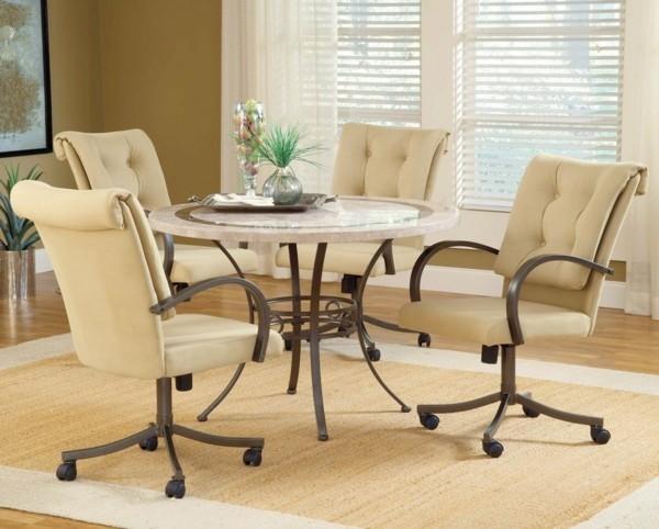 esszimmerstühle mit armlehne ergonomisches design beige heller teppich