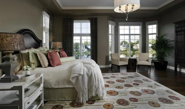 fensterverdunkelung schlafzimmer dunkle schwere gardinen helle raffrollos