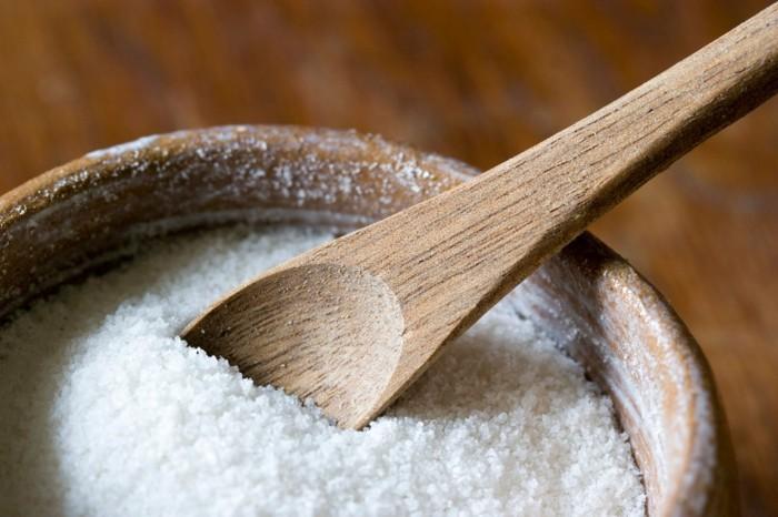 hausmittel gegen zahnschmerzen Salzwasserloesung