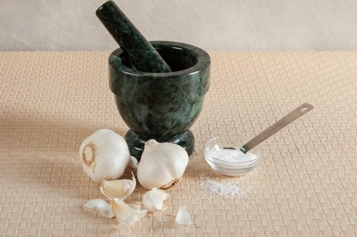 8 zuverl ssige hausmittel gegen zahnschmerzen f r den fall der f lle. Black Bedroom Furniture Sets. Home Design Ideas