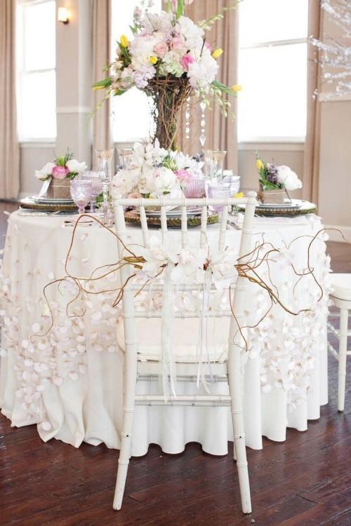 hochzeit feiern tisch dekorieren romantisch sanfte farben