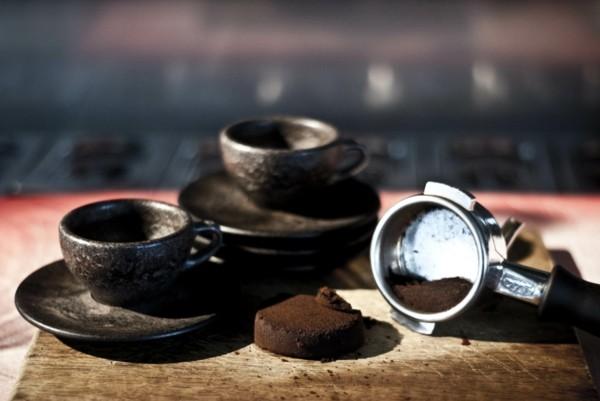 Kaffeetassen aus Kaffeesatz originelle Idee