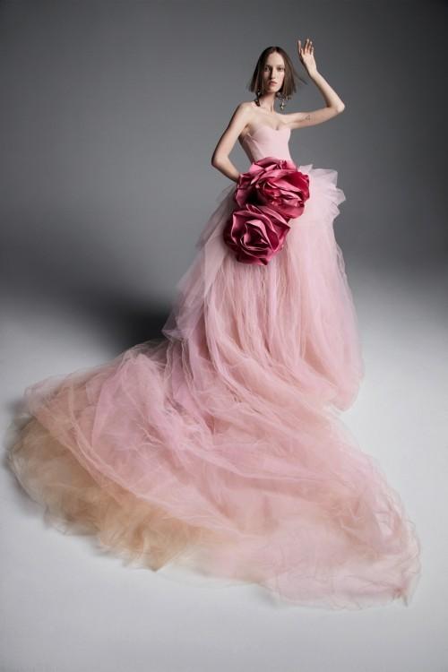 rosa idee hochzeit feiern brautkleid