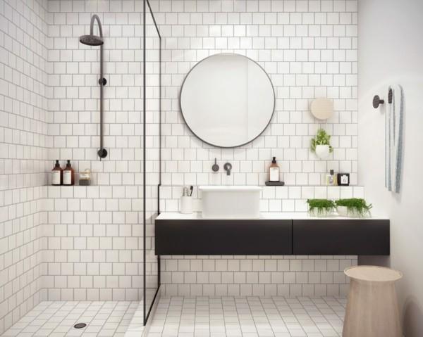 runder badspiegel weiße wandfliesen dusche glaswand beistelltisch