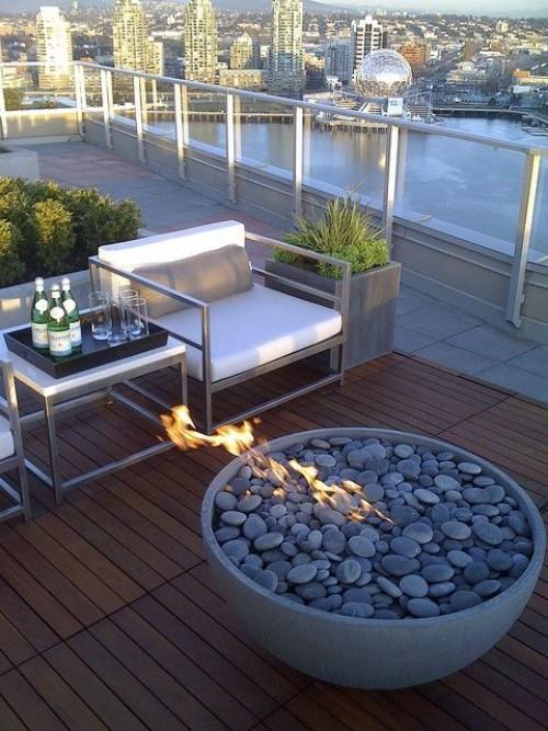 terrassenkamin moderne feuerstelle wunderschöner augenblick