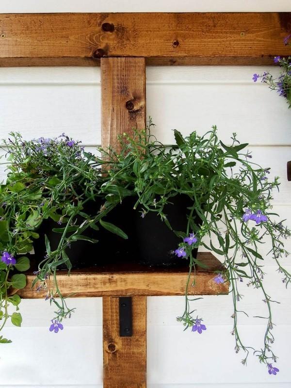 topf-auf-einer-holzbasis-diy-pflanzer