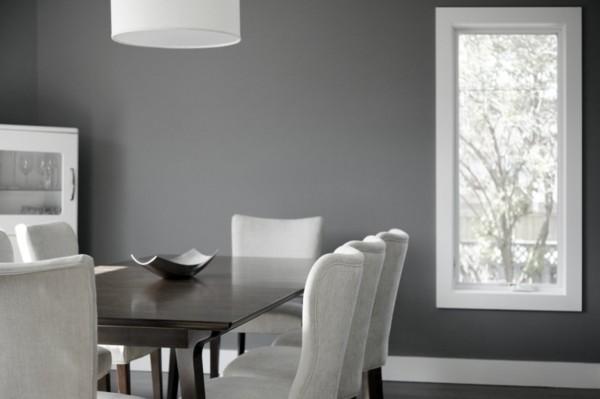 wandfarbe hellgrau esszimmer elegante weiße essstühle