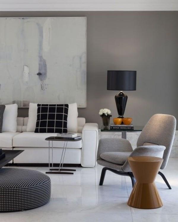 wandfarbe hellgrau modernes wohnzimmer weiße bodenfliesen