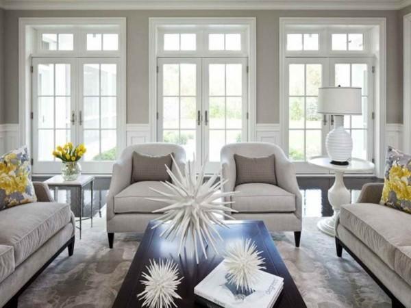 wandfarbe hellgrau wohnzimmer helle möbel schöne tischdeko
