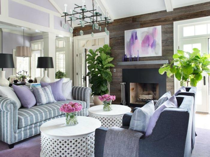 wohnzimmer einrichtungsideen farbe flieder als akzent