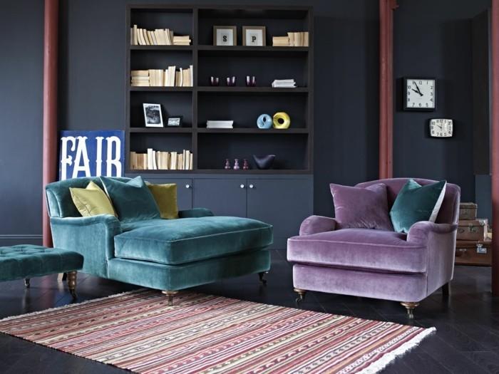 wohnzimmer einrichtungsideen farbe flieder auf schwarz