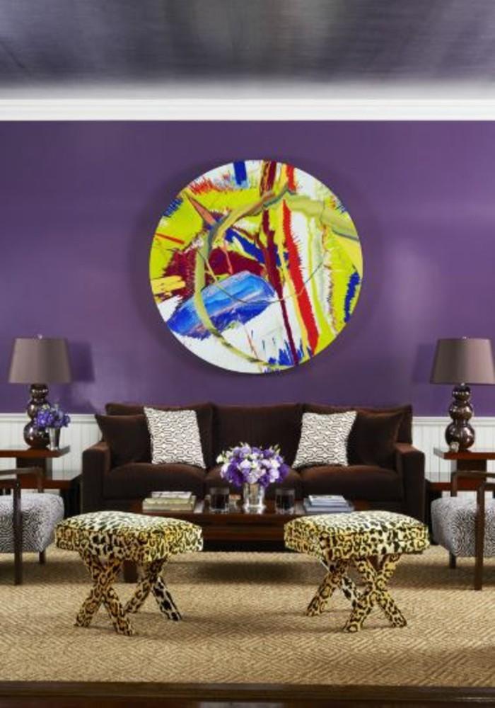 wohnzimmer einrichtungsideen farbe flieder exzentrisch