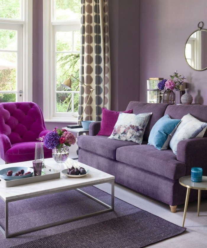 wohnzimmer einrichtungsideen farbe flieder mobiliar