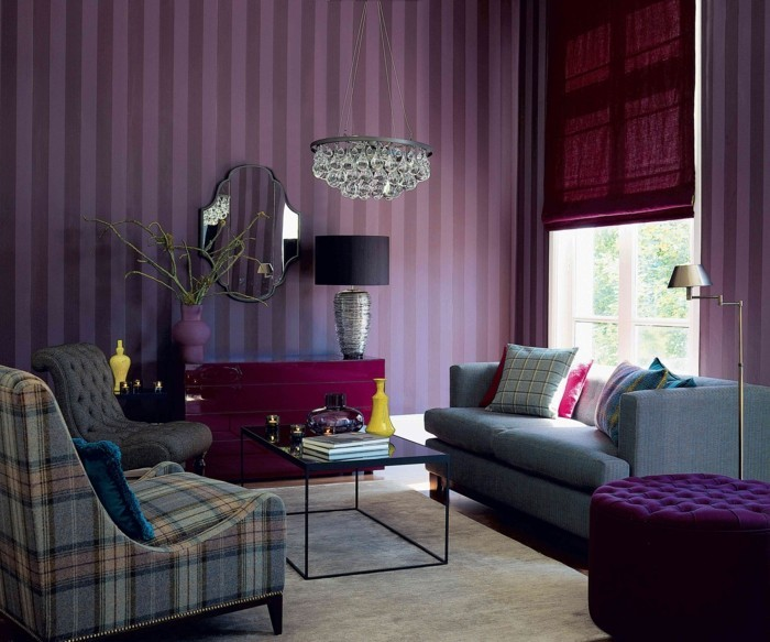 wohnzimmer einrichtungsideen farbe flieder wand