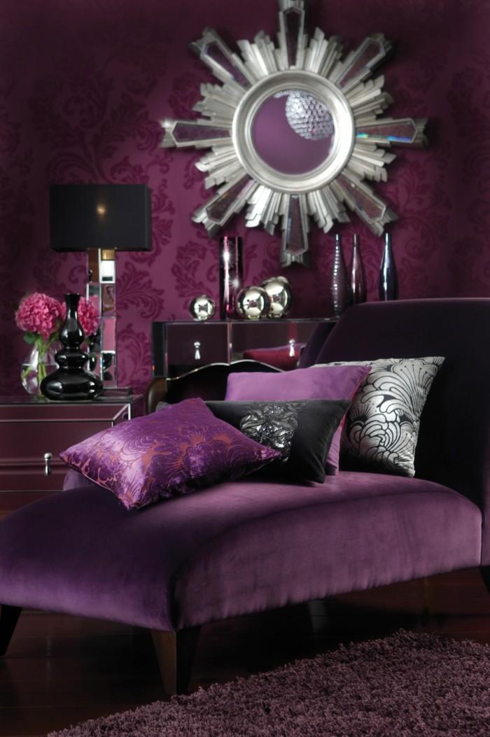 wohnzimmer einrichtungsideen farbe flieder pflaume