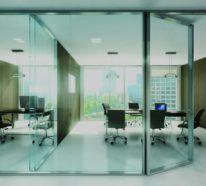 Bürotrennwand aus Glas- so macht die Arbeit richtig viel Spaß