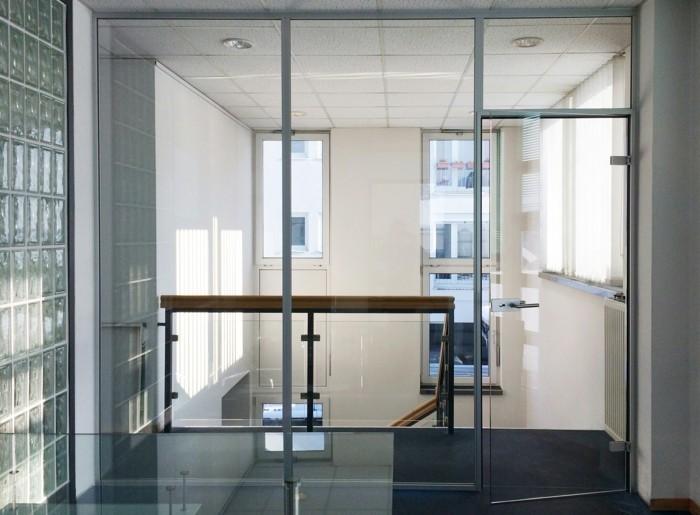 Bürotrennwand aus Glas grossraumbuero glaswand