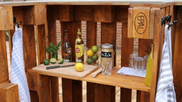 Bar aus Paletten-Grilltisch-Palettenmöbel (1)