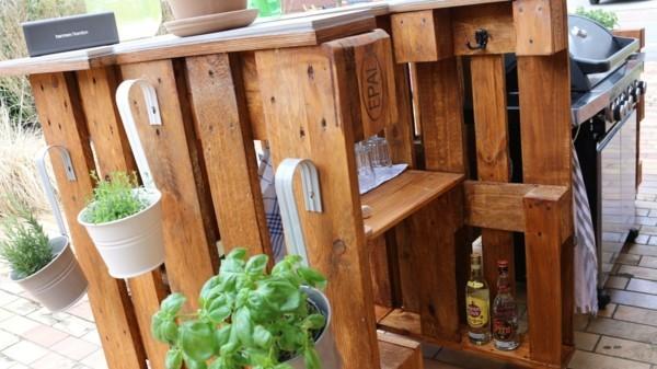 Bar aus Paletten-Grilltisch-Palettenmöbel (6)
